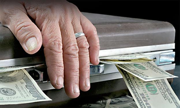 صورة الجمارك تعد تقريرا دقيقا حول تهريب الأموال من الجزائر