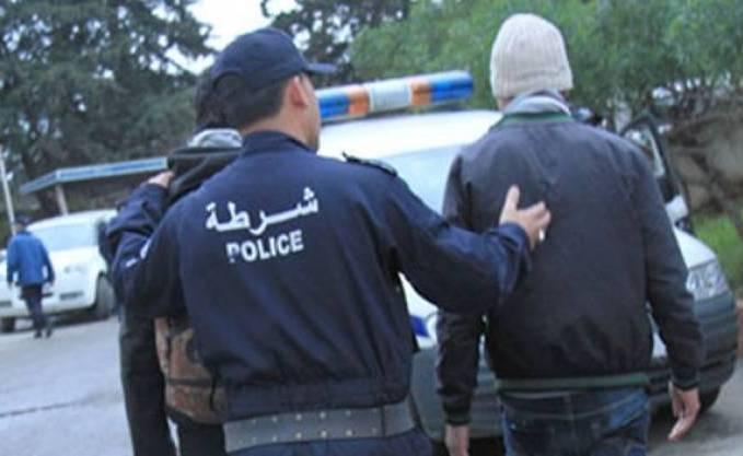 صورة توقيف 6 أشخاص مشتبه في اعتدائهم على مواطنين في المسيرة الأخيرة