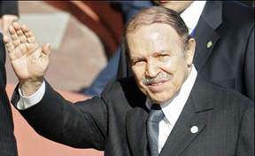 صورة الرئيس بوتفليقة يخطر المجلس الدستوري بقراره إنهاء عهدته