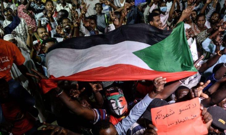 """صورة قوى الاحتجاج في السودان تدعو إلى """"إضراب سياسي عام"""""""
