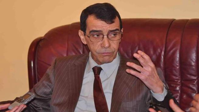 """صورة محامي بن حديد: """"رسالة تدعو إلى الحل السياسي سبب اعتقال الجنرال"""""""