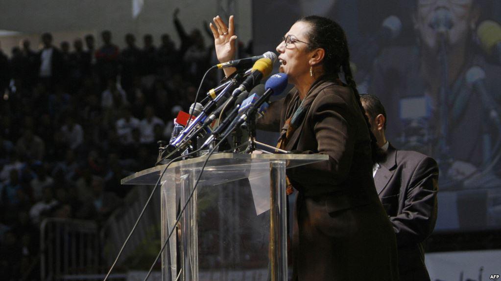 صورة لويزة حنون خلف القضبان بتهم ثقيلة