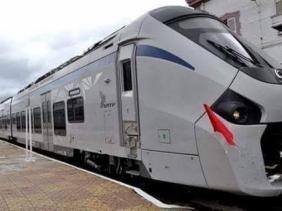 انطلاق أول رحلة للقطار الجديد بين تقرت والجزائر العاصمة