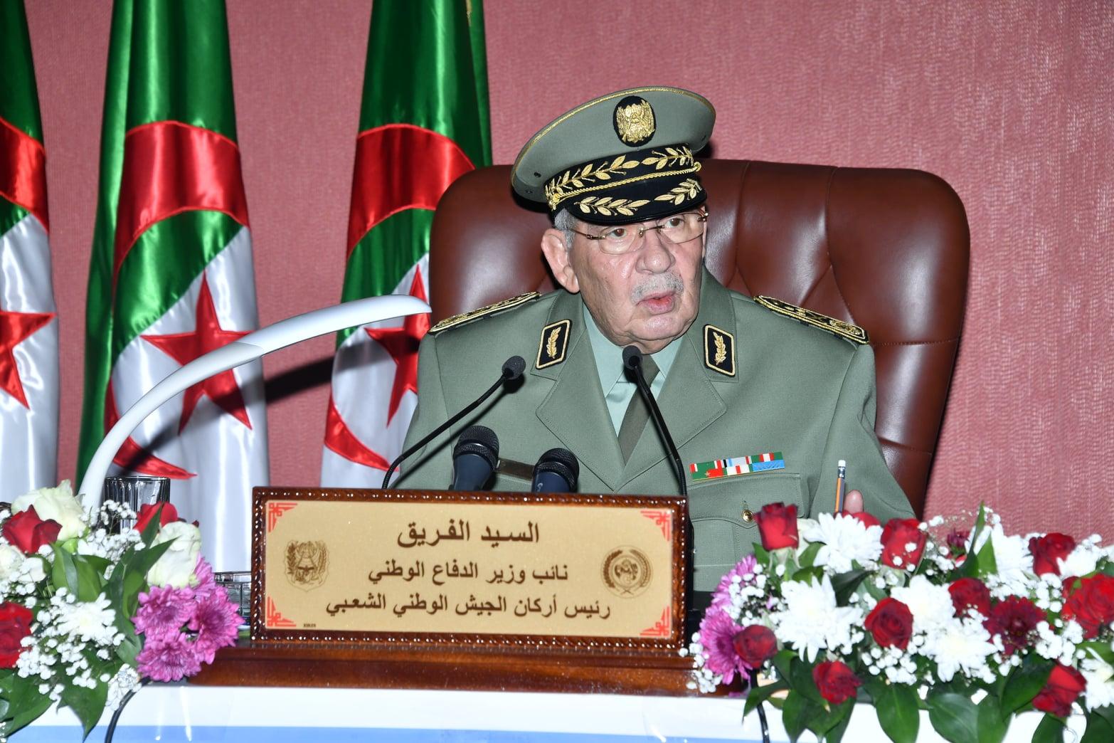 صورة الفريق قايد صالح يشدد على أن الانتخابات الرئاسية ستجري في تاريخها المحدد