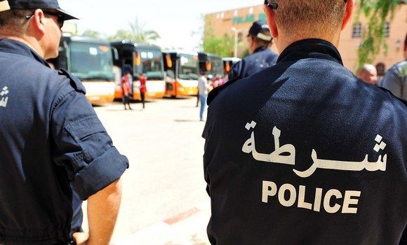 صورة أم البواقي: مصالح الأمن تلقي القبض على شخص إعتدى على طالبة جامعية