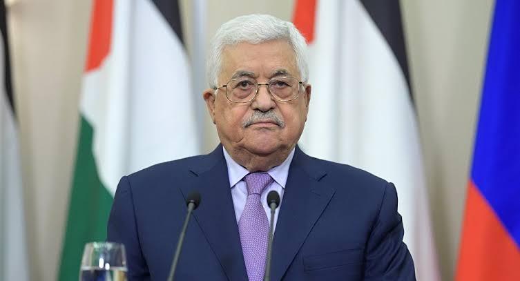 صورة محمود عباس يتطلع لتعزيز العلاقات بين الجزائر وفلسطين مستقبلا