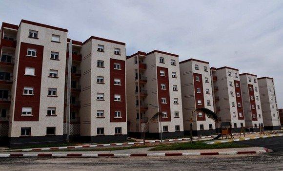 صورة تسليم أزيد من 1000 سكن من صيغة البيع بالإيجار خلال السداسي الجاري بمعسكر