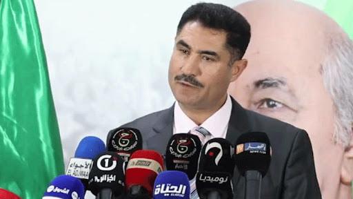 صورة لعقاب: الجزائر في حاجة إلى دستور توافقي يستجيب لتطلعات الشعب