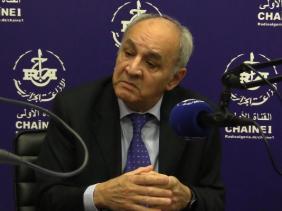 صورة بقاط بركاني: إجراءات رئيس الجمهورية بمثابة حاجز لمنع تفشي فيروس كورونا في الجزائر.