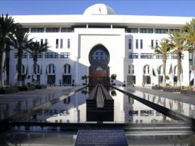 صورة فيرس كورونا: وزارة الخارجية تؤكد متابعتها عن كثب لوضعية الجزائريين العالقين بالخارج