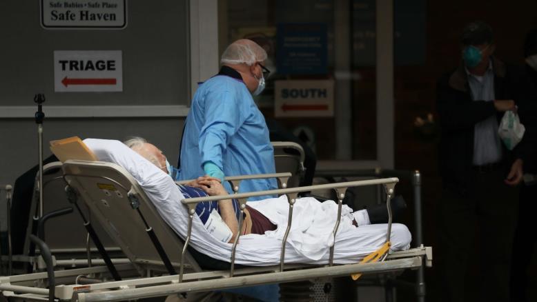 صورة آلاف الإصابات الجديدة بإسبانيا وإيران والوفيات تتجاوز ستين ألفا عالميا بفيروس كورونا