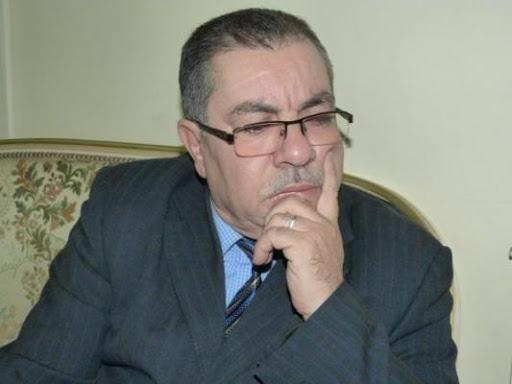 """صورة الكاتب محمد زتيلي يؤكد: """"الارتباط بالسياسة"""" وراء تراجع الفعل الثقافي بالجزائر"""