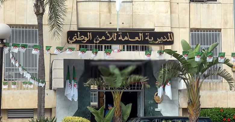 صورة توقيف جماعة إجرامية تمارس نشاطا تحريضيا بتمويل من ممثلية دبلوماسية بالجزائر