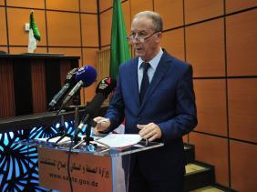 صورة كوفيد-19: الجزائر تسعى لتكون في الموعد ومن الأوائل لاقتناء اللقاح