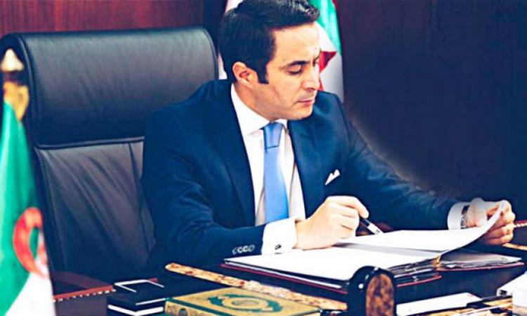 """صورة وزير الرياضة """"سنردع الفساد بكل حزم"""""""