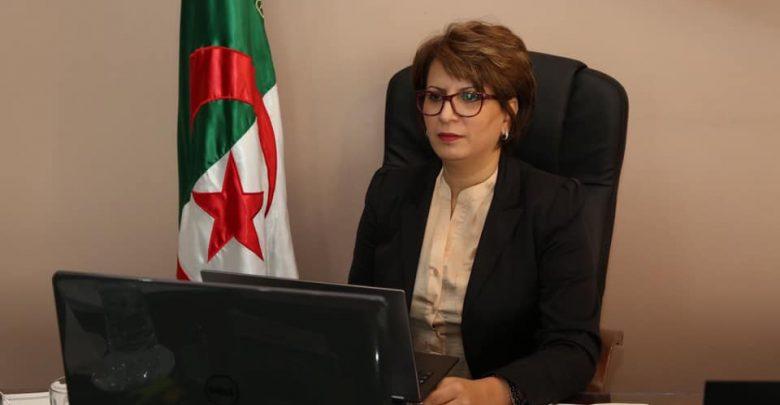صورة وزيرة الثقافة مليكة بن دودة: قطاع الثقافة تعرض لهجمات عشوائيّة ولم يكيّف نفسه للرد عليها