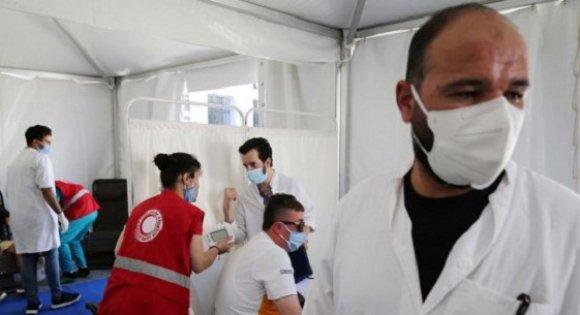 صورة قسنطينة: أخصائيون يواجهون فيروس كورونا وعوامل انتشاره