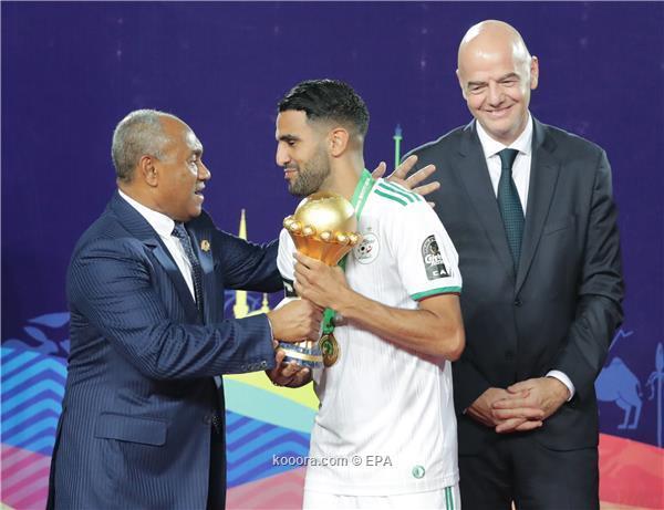 صورة محرز: الجزائر أكثر من مجرد فريق