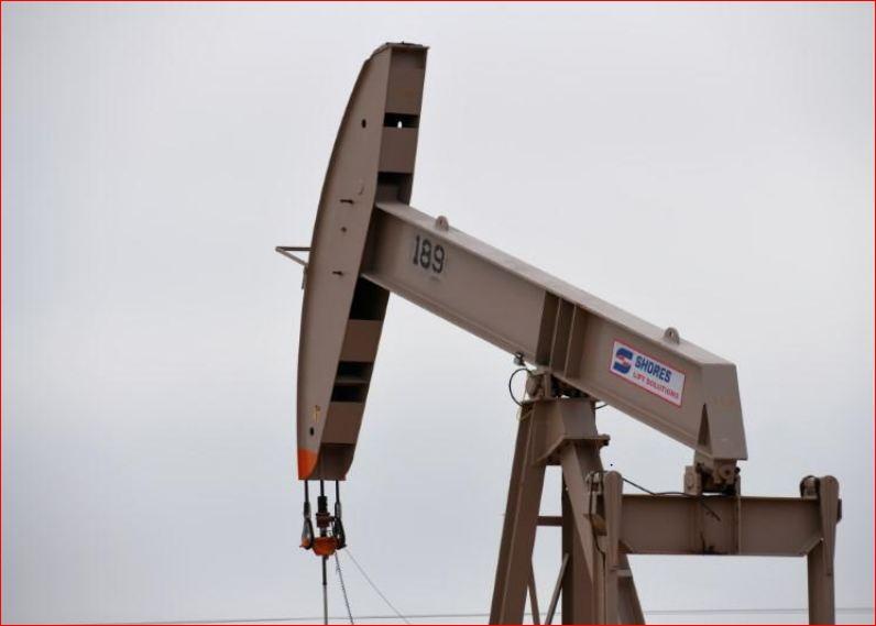 صورة وكالة الطاقة الدولية تخفض توقعاتها لنمو الطلب العالمي على النفط في 2021