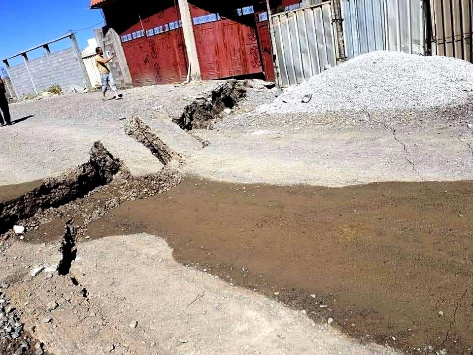 صورة اكتشاف آثار رومانية جديدة بعد التشققات الأرضية الناجمة عن الهزتين الأرضيتين