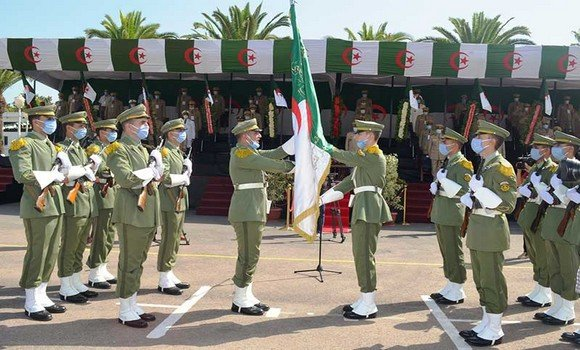 صورة الجيش الوطني الشعبي:  تخرج 10 دفعات بالمدرسة العليا للعتاد بالحراش