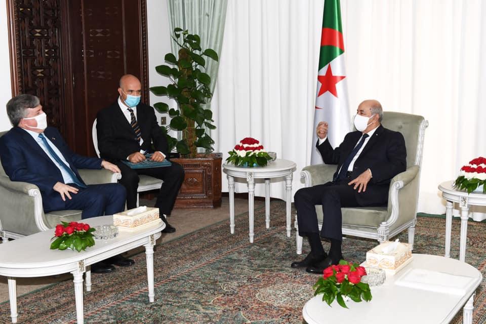 صورة جون ديروشر: سررت للقاء الرئيس تبون وحزين لمغادرة الجزائر