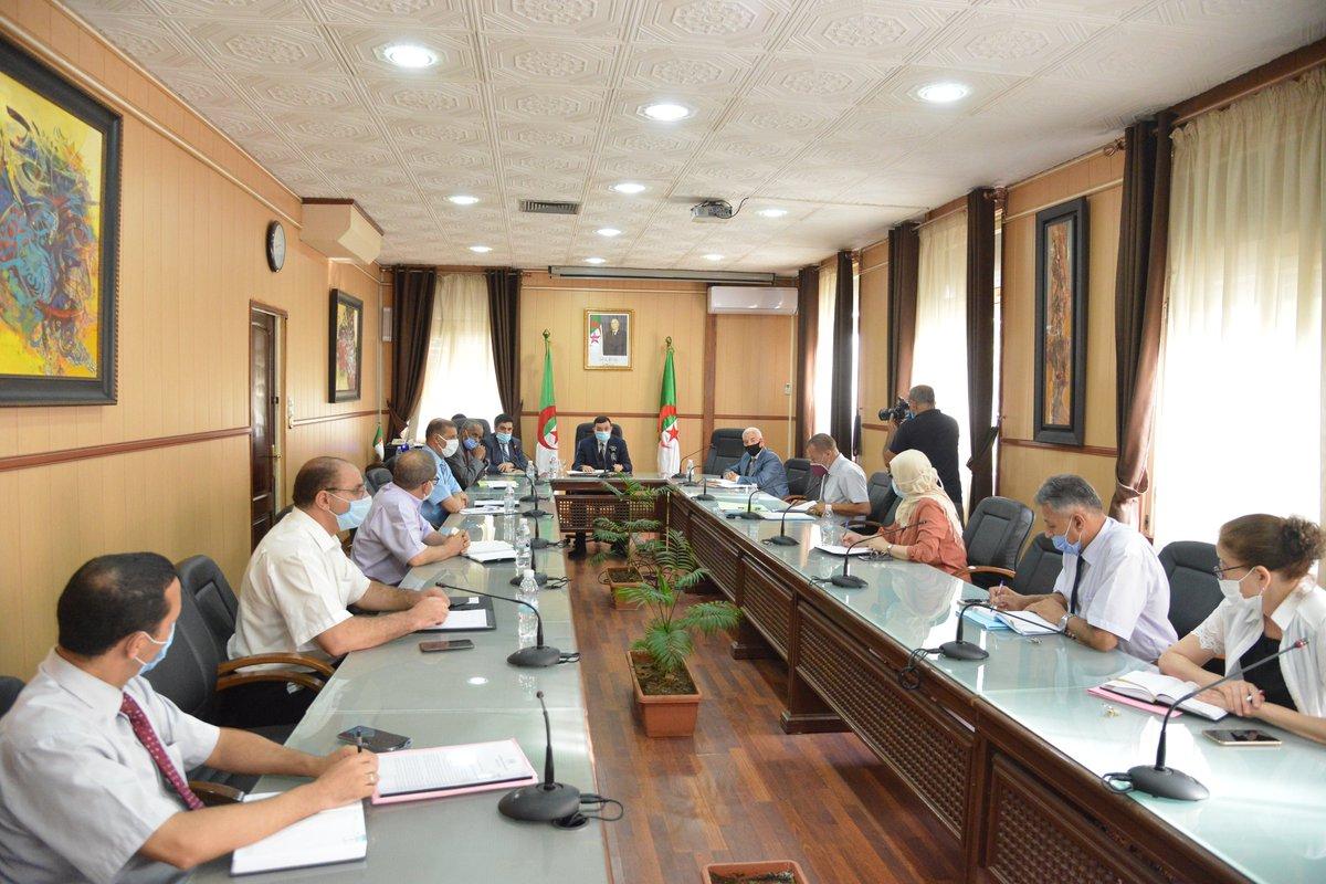 صورة وزير التربية الوطنية يأمر بتهيئة المؤسسات التعليمية