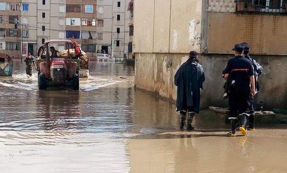 صورة سكيكدة: السيول تغمر محلات تجارية ومؤسسات تربوية