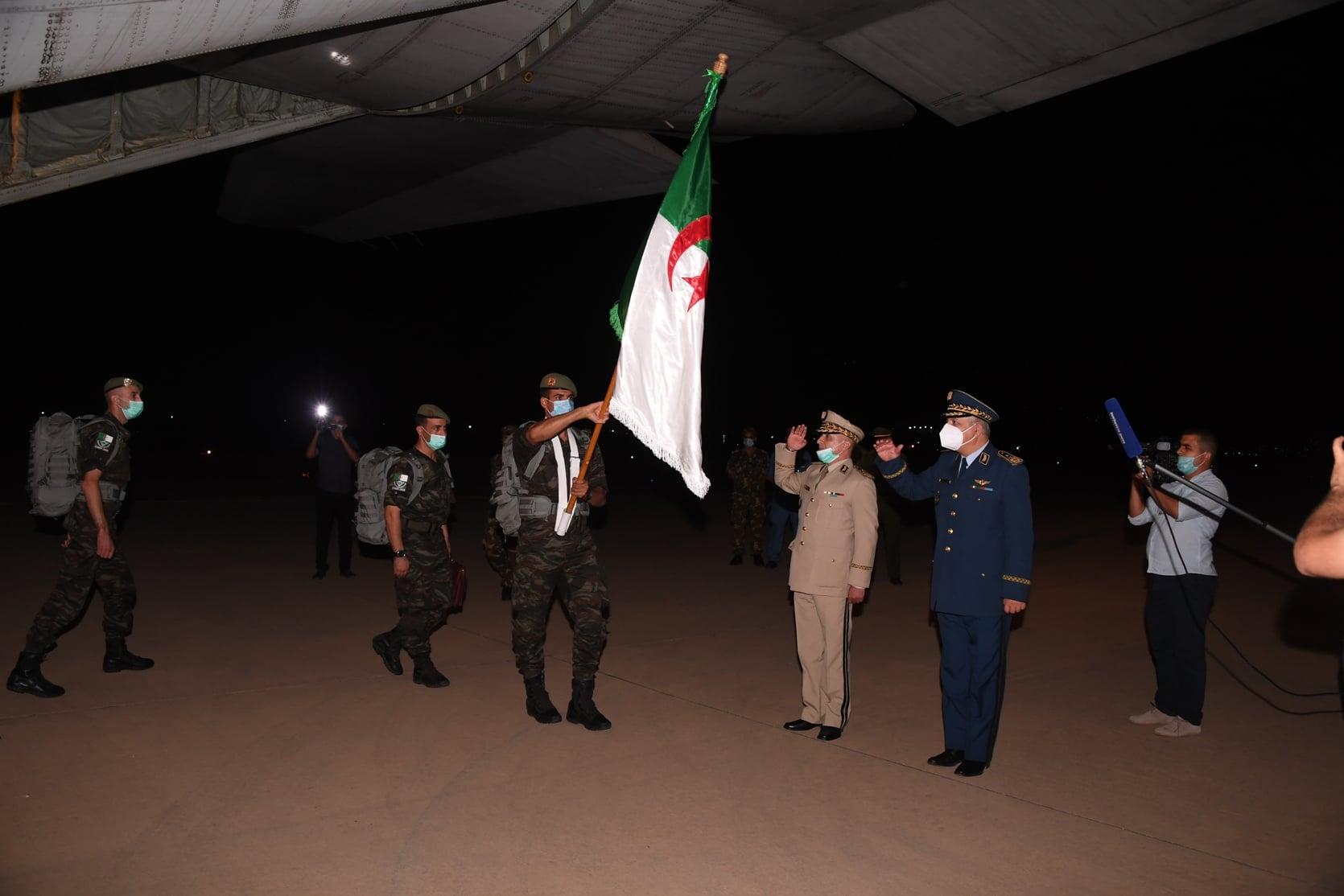 صورة عودة المنتخب الوطني العسكري إلى أرض الوطن بعد تحقيقه لنتائج مشجعة