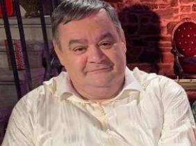 صورة وفاة المنتج الإذاعي نصر الدين بغدادي عن عمر يناهز 63 سنة