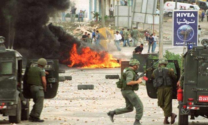 """صورة التاريخ يعيد نفسه والظروف الحالية للفلسطينيين تدفعهم لـ""""انتفاضة جديدة"""""""