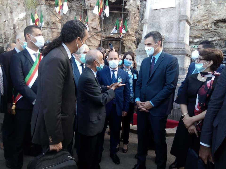 صورة وزيرة الثقافة تؤكد عن التوافق الثقافي بين الجزائر واسبانيا وتدعو لاستغلاله من الجانبين