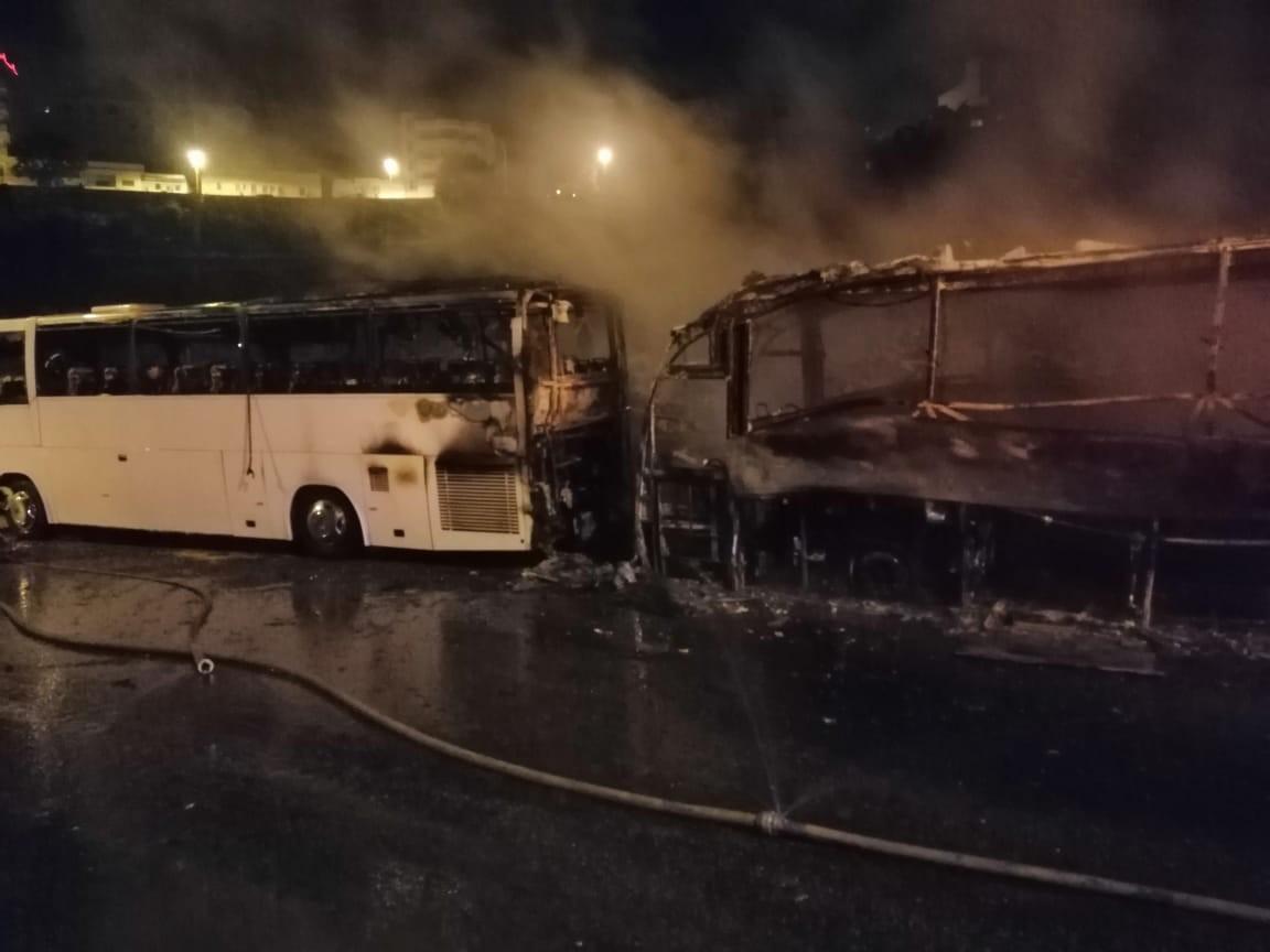 صورة قالمة: احتراق 4 حافلات لنقل المسافرين في حريق حظيرة