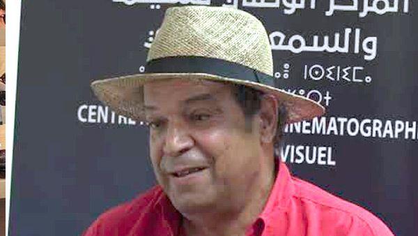 """صورة وزيرة الثقافة تهنئ المخرج رشيد بن حاج بعد تتويجه في مهرجان """"كان"""" للفيلم الإفريقي"""