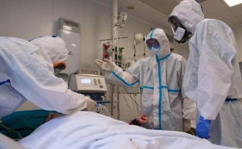 صورة 16 وفاة و811 إصابة جديدة في 24 ساعة: أثقل حصيلة تسجلها الجزائر منذ بدء تفشي الوباء
