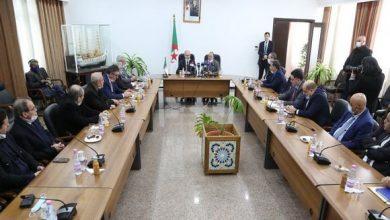 صورة كمال ناصري يستلم مهامه الجديدة كوزير للأشغال العمومية والنقل