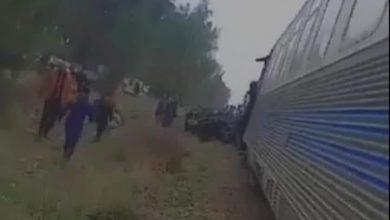 صورة وهران: حادث اصطدام قطار وسيارة يُخلف وفاة شخص وجرح 2 آخرين بعين البيضاء
