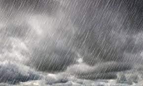 صورة أمطار غزيرة وزوابع رملية عبر هذه الولايات