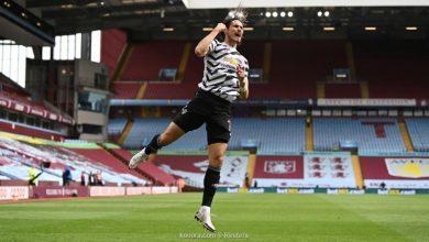 صورة كافاني يمدد عقده مع مانشستر يونايتد