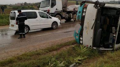 صورة سكيكدة:23 إصابة إثرى حادث مرور خطير لانقلاب حافلة
