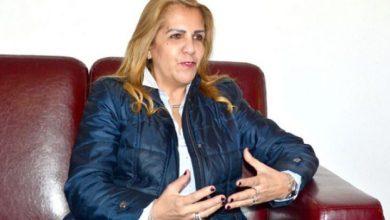 صورة رئيس الجمهورية يشجع المستثمرين النزهاءالراغبين في  المشاركة في بناء الجزائر