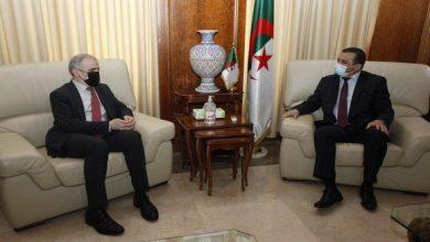 صورة عرقاب يستقبل رئيس مجلس إدارة المؤسسة الوطنية للنفط الليبية
