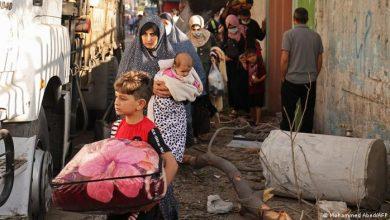 صورة نزوح أكثر من 52 ألف فلسطيني جراء غارات الاحتلال على قطاع غزة