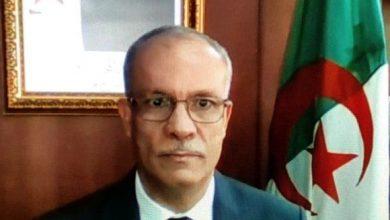صورة السفير الجزائري في بوغوتا يستعرض انجازات الجزائر منذ رئاسيات 2019