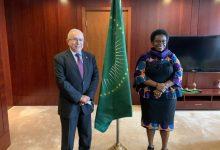 صورة لعمامرة يلتقي نائبة رئيس مفوضية الاتحاد الإفريقي