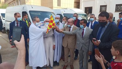 صورة بلمهدي يشرف على انطلاق قافلة تضامنية