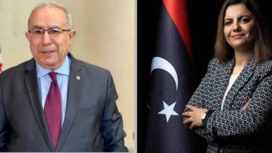 صورة رمطان لعمامرة يتباحث مع نظيرته الليبية