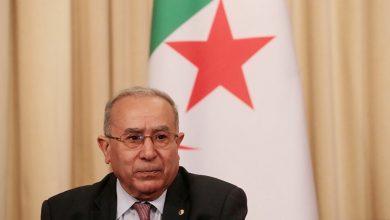 صورة لعمامرة يستقبل من قبل رئيس المجلس الرئاسي الليبي بنيويورك