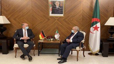 صورة لعمامرة يستقبل وزير الدولة الألماني نيلز انين