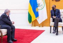 صورة لعمامرة يستقبل من قبل الرئيس الرواندي